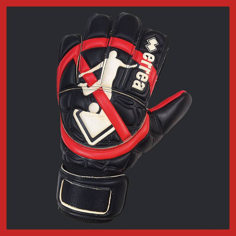A special pair of Errea gloves for goalkeepers...however, what would stop them from doing blunders?
