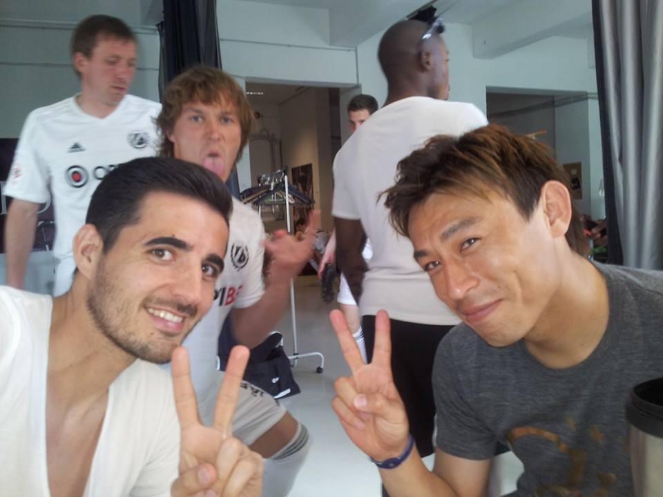 Jorge in a selfie with Hidetoshi Wakui, current Kalju's topscorer in Premium Liiga. In the background, defender Alo Bärangrub photo-bombing.