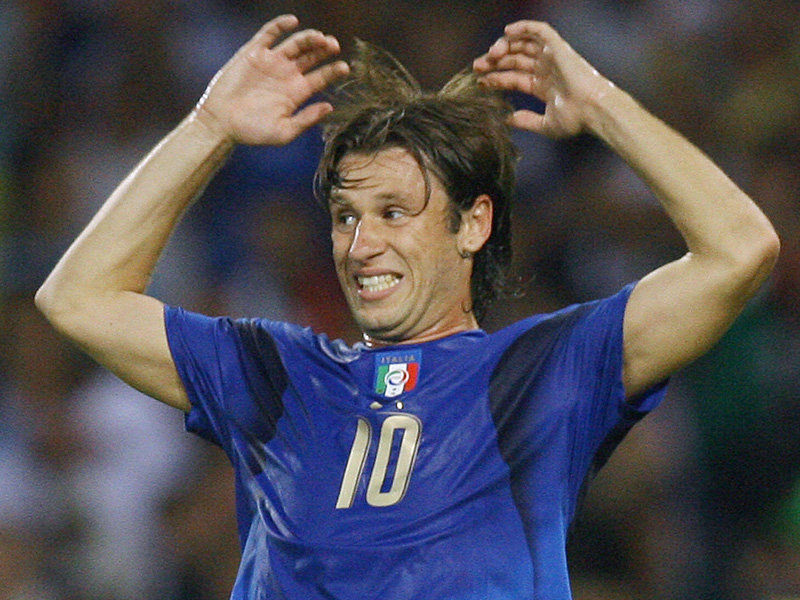 Cassano has a controversial relationship with the 'Azzurri' jersey...