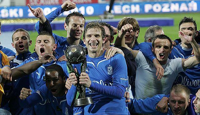 Lech celebrating the title in 2010