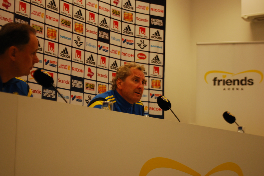 Erik Hamren speaking right now in the belly of the Friends Arena, many questions about Zlatan