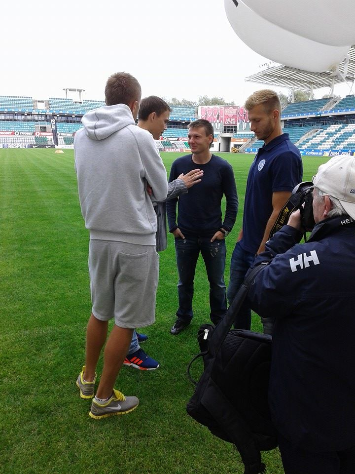 Kruglov (middle) smiling during the Estonian FA event on Monday. He can smile even more now.