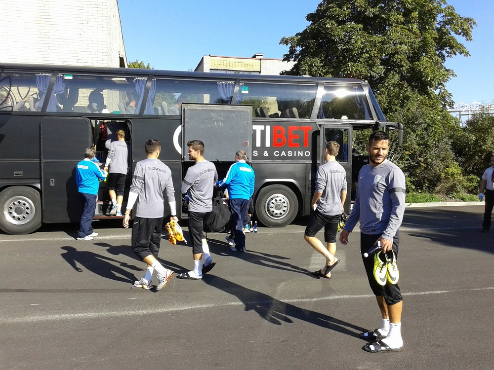 Slovenian national team back on the bus (lent by Nõmme Kalju) after the morning training.