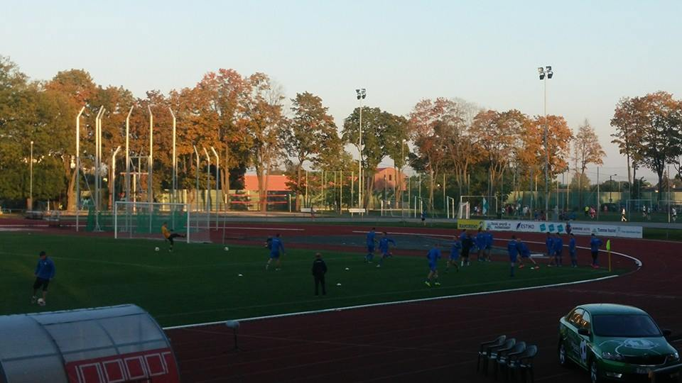 Tammeka's team warming up (Foto: RdS)