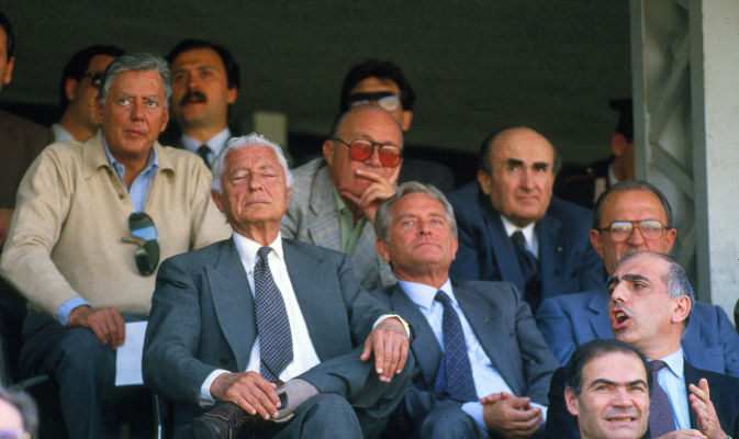 Adriano, sure your passion ended with your childhood? - Galliani at a Torino derby embedded with the Agnelli family - 1986, Berlusconi would have take on AC Milan very soon (Tuttosport)