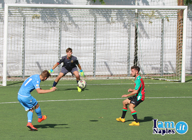 With this bent shot, Liivak hit the post for SSC Napoli Primavera