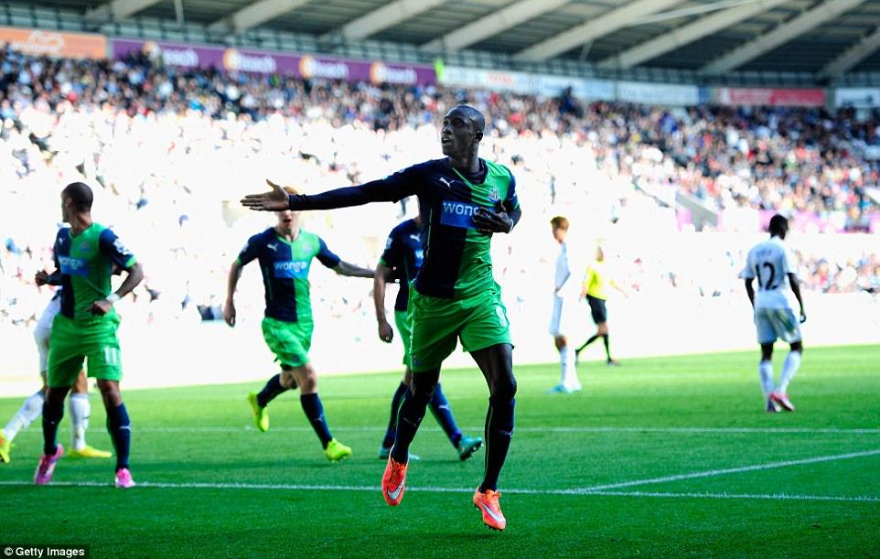 Papiss Cisse celebrates his brace at Swansea image: dailymail.co.uk