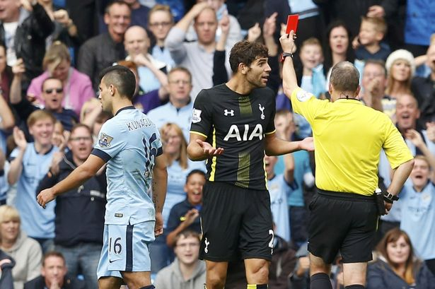 Fazio receives his marching orders on his Spurs debut image: mirror.co.uk