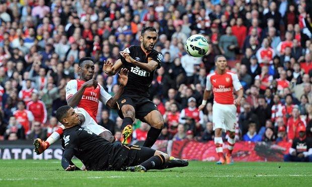 England striker Welbeck saves Arsenal image: theguardian.co.uk