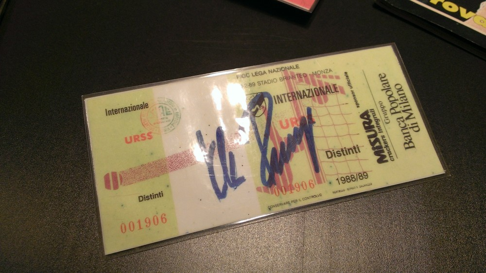 A ticket of the game in Monza signed by 'Kalle' Rummenigge and stored at San Siro Museum (click to enlarge - RdS)