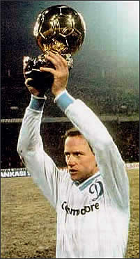 Belanov, the last winner of the Golden Ball for USSR after Jashin and Blokhin