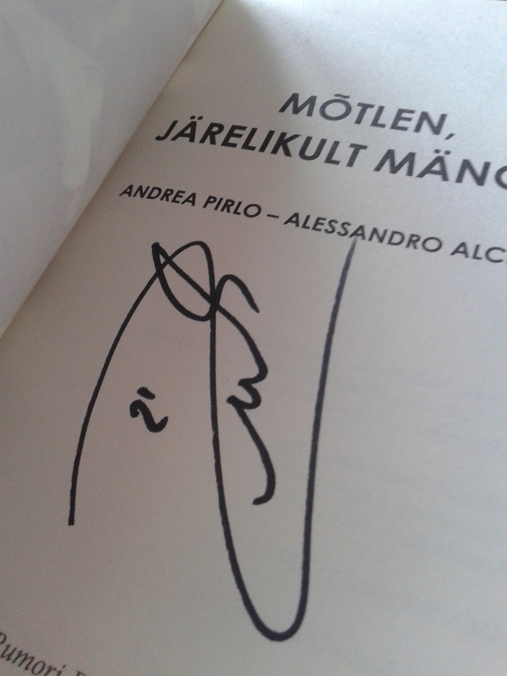 Pirlo-signature.jpg