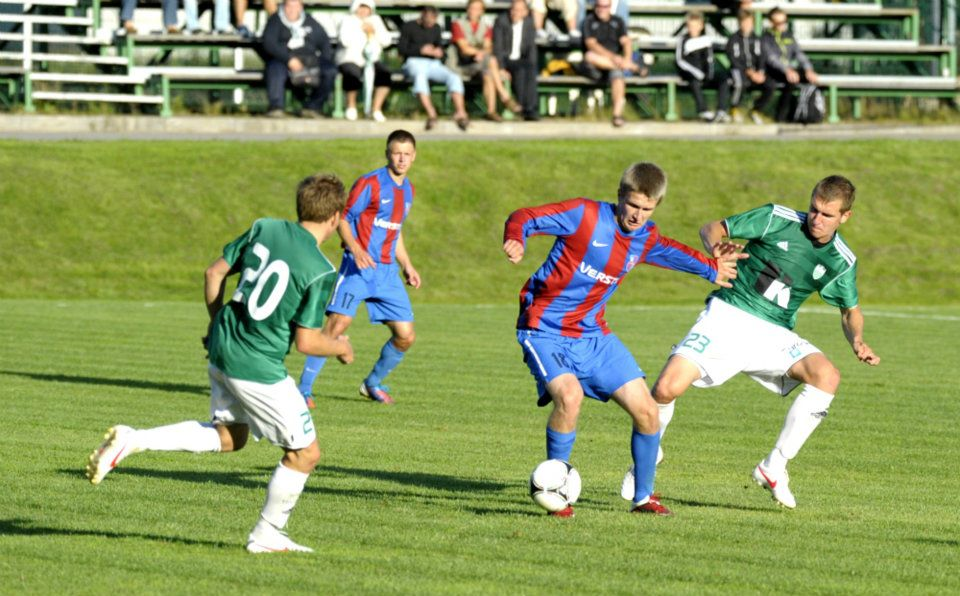 Martin Ustaal in action in 2013 against his rights owner club, Levadia. After long trial at Kalju, he returned to Paide.