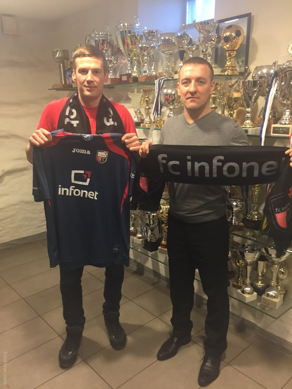 Dmitrjev joins Infonet just a week before season's kick-off