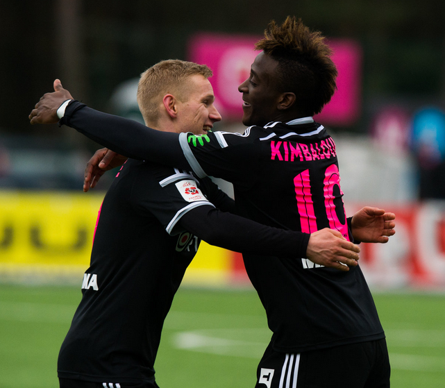 Allan celebrates his goal with Ats Purje (image: sport.postimees.ee)