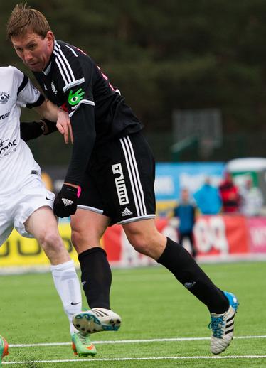 Neemelo seals victory for Kalju (image: sport.postimees.ee)