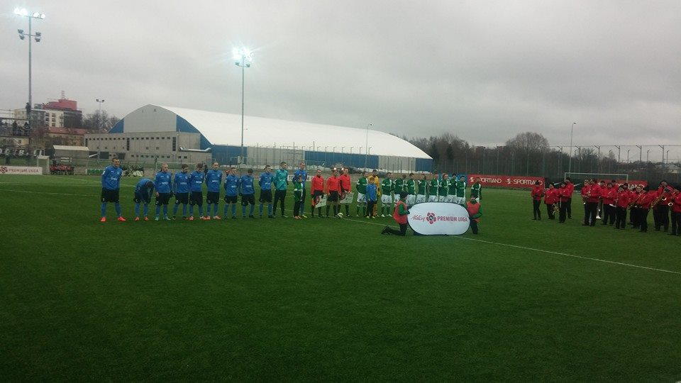 Teams lining up before the start (foto: RdS)