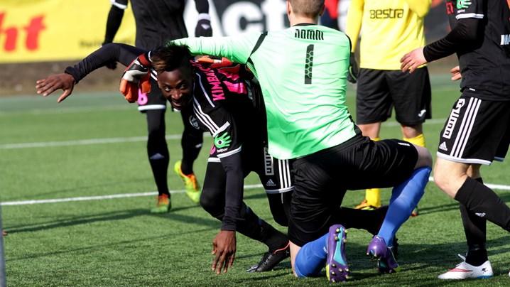 Allan wheels away after opening the scoring (image: err.ee)