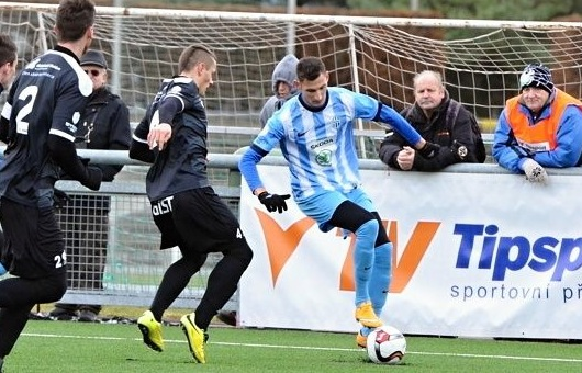 Subbotin in action with Mlada in winter break preparation. He will help Levadia until the end of the season both at home and in Europe.