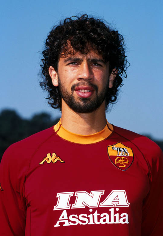 Damiano Tommasi in his 'giallorossi' streip of 2000-01. It was AS Roma third and last 'scudetto'