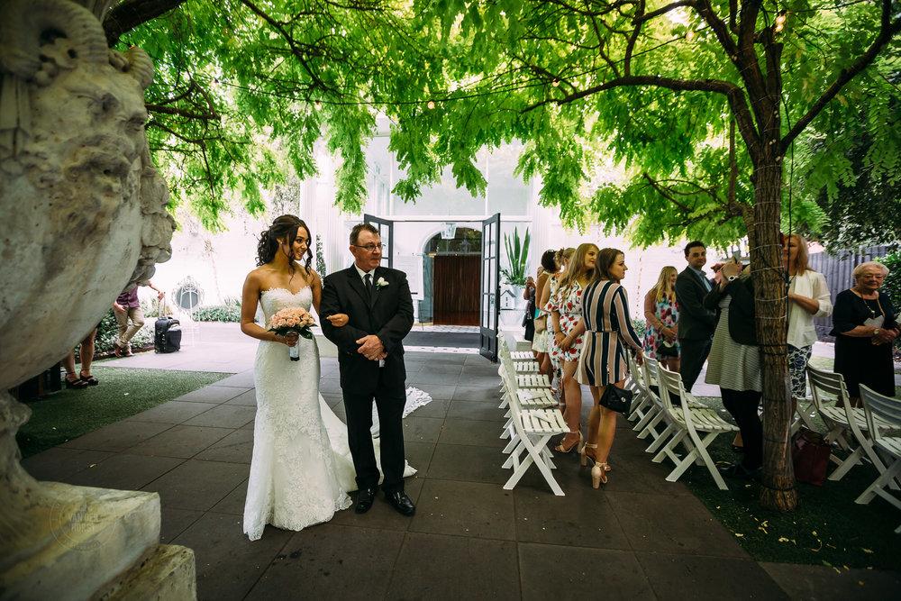 Melbourne-Wedding-Photographer-1024.jpg