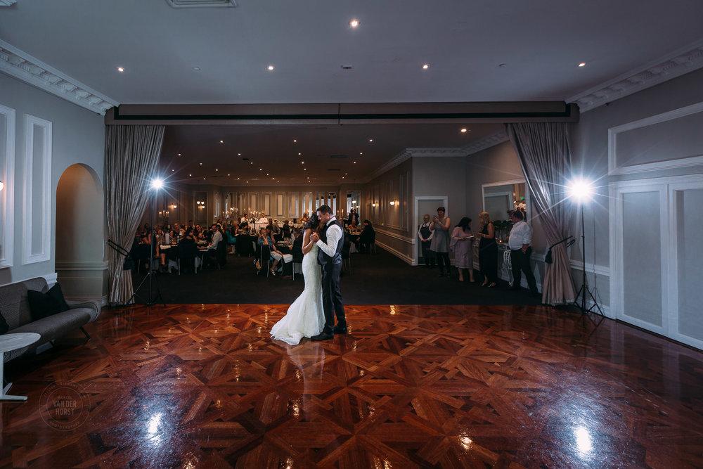 Melbourne-Wedding-Photographer-1050.jpg