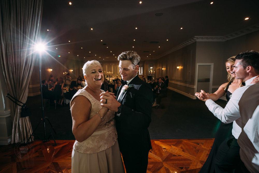 Melbourne-Wedding-Photographer-1055.jpg