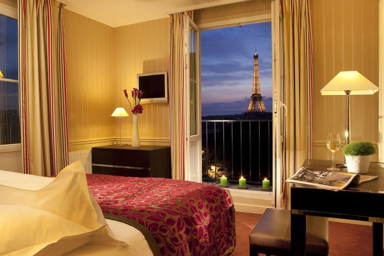 HOTEL DUQUESNE EIFFEL - Paris, France