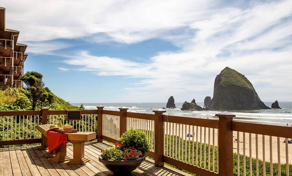 Hallmark Resort in Cannon Beach (3*)