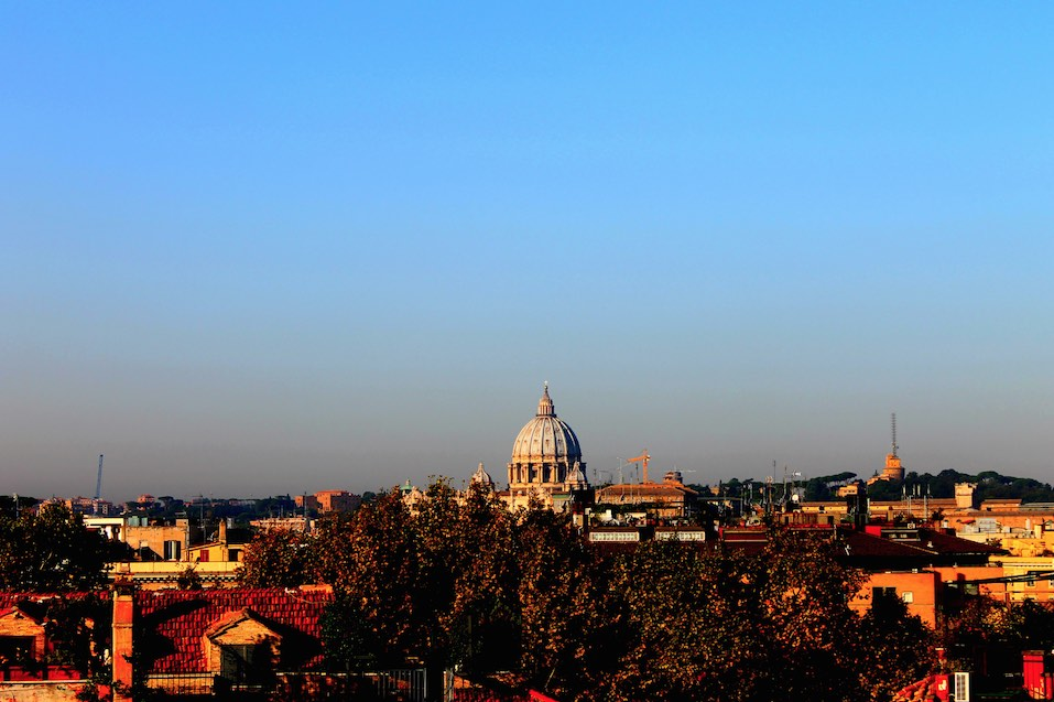 Hotel View The First Art Luxury Roma.jpg