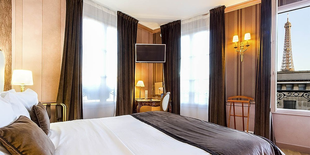 4 OF HOTELS NEAR THE EIFFEL TOWER WITH A PERFECT VIEW