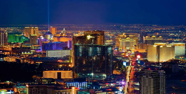 Beliebt Bevorzugt Best Las Vegas Hotels with Strip Views — The Most Perfect View &LI_17