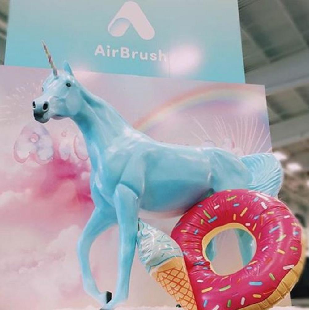 Airbrush App - BeautyCon 2015