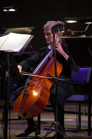 Sharon McKinley (cello)2.jpg