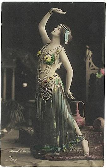 Maud Allan, Salomé c. 1908.jpg