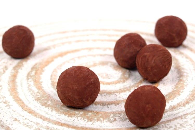 chocolate-750-500 horizontal .005.jpg