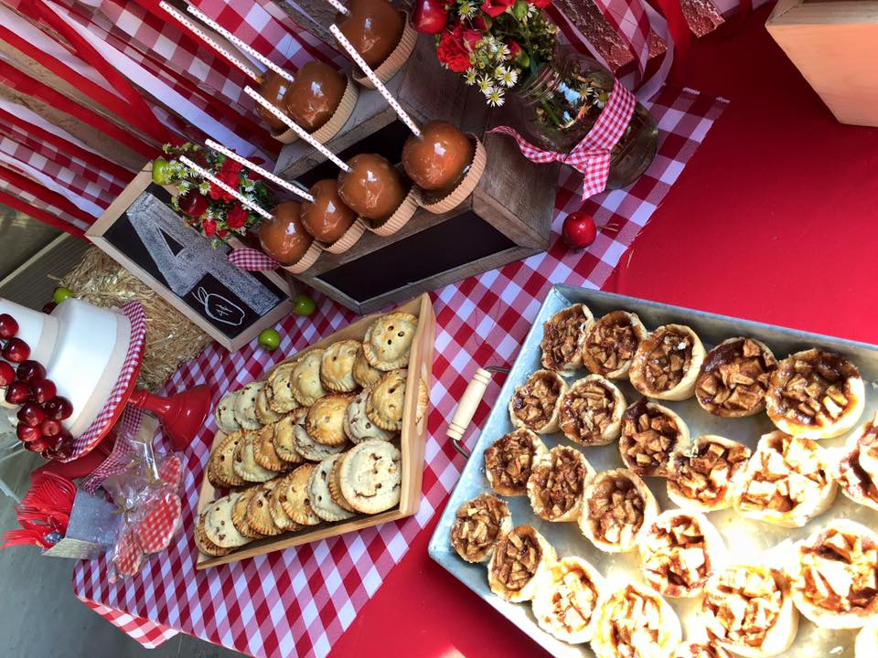 Apple Orchard Party mini pies, hand pies and caramel apples.