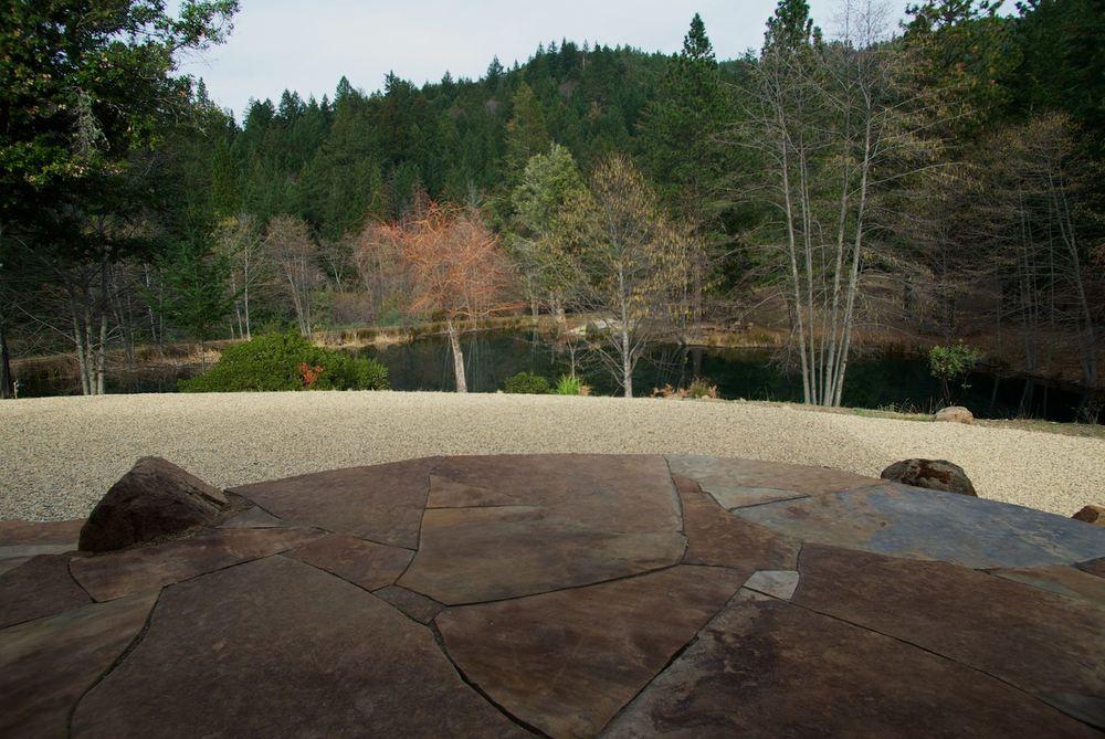 stone patio.jpg