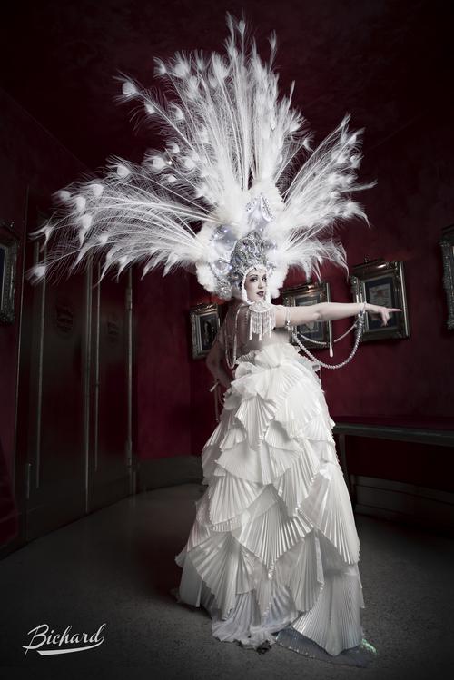 creazione-costumi-burlesque-milano.jpg