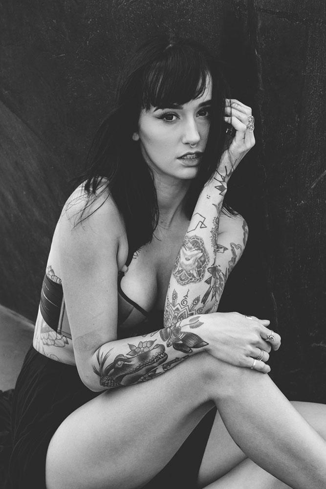 Model, Emma Vaux