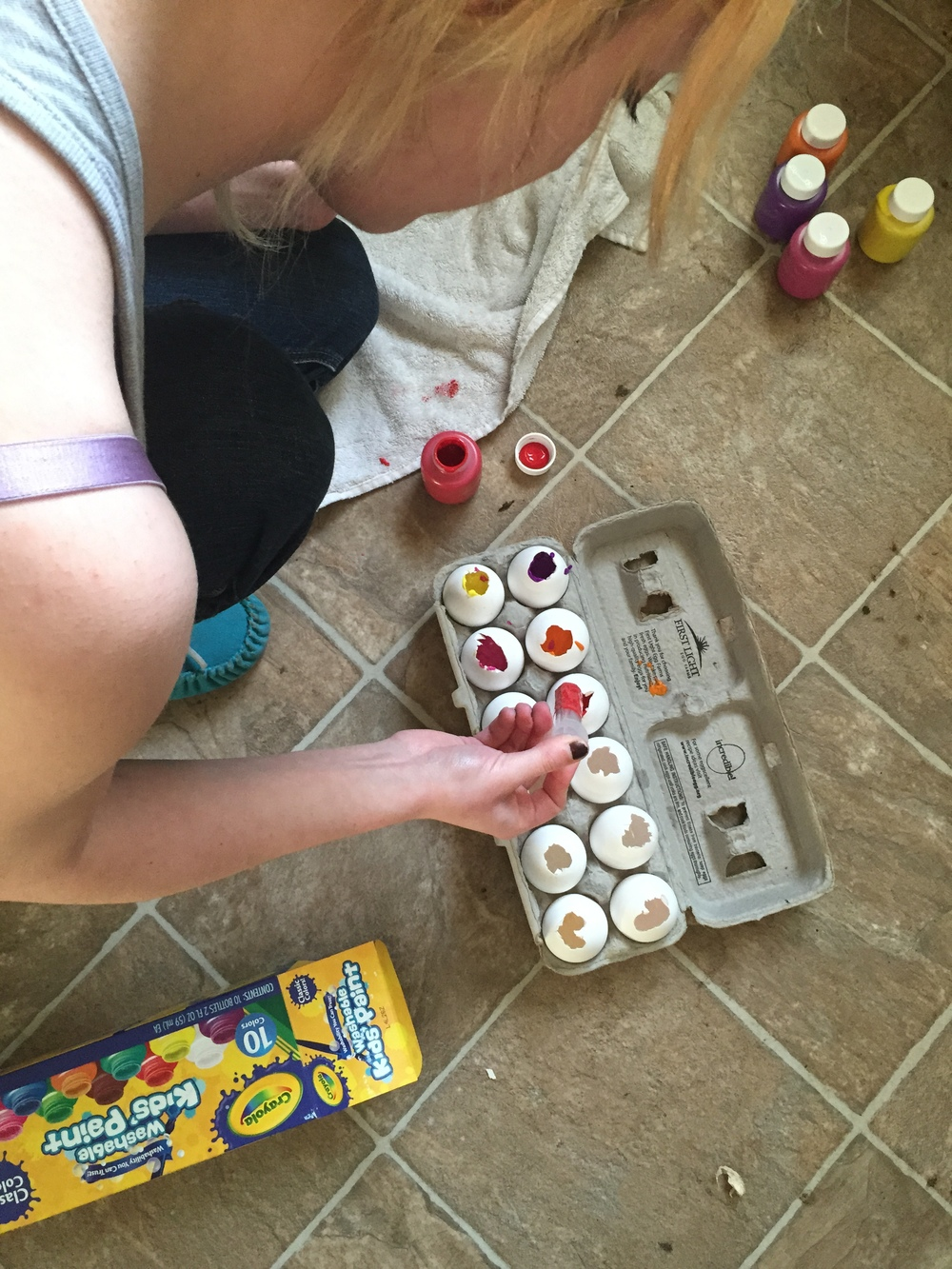 Our PInterest girl, Chels, filling her egg with paint to create a beautiful and fun piece of artwork. Check out the final outcome at Parties by Lt.com