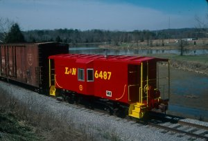 We end this part of the show with a photo of L&N caboose 6487, restored to go with L&N 1315.