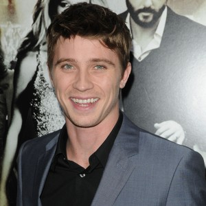 garrett-hedlund-country-strong1-300x300.jpg