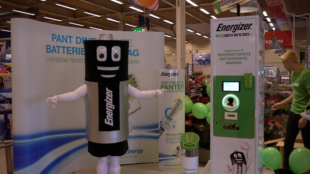 The first Battery Refund machine was launched on Earth Day, April 2017, at Coop Norway and initiated and funded by Energizer.