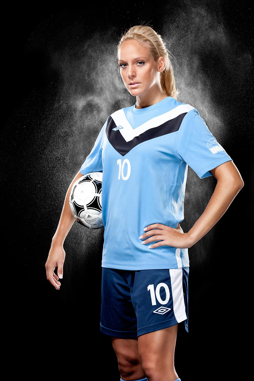 Lisa-Marie_Pelletier_soccer.jpg