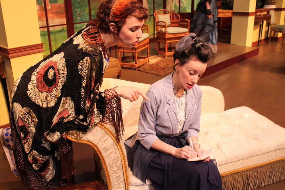Dana DeRuyck (Mrs. Allonby) and Casey McKinnon (Lady Stutfield). Photo courtesy of director Armina LaManna .