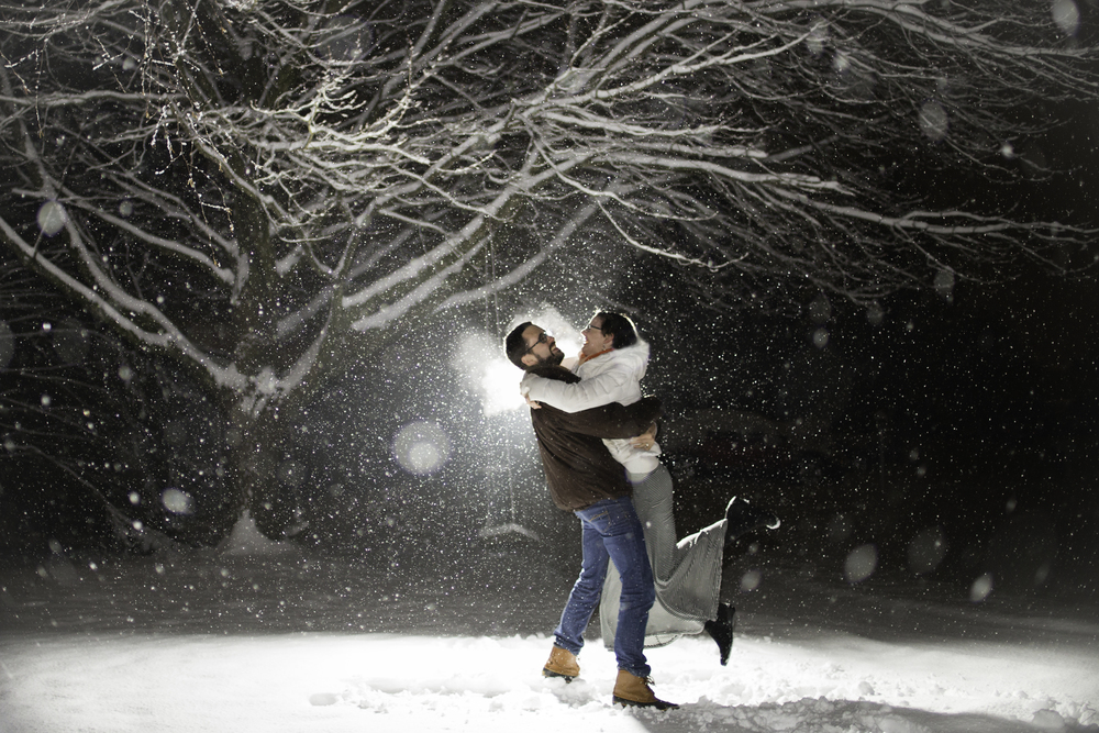 snowy-couples-engagement-photos-champaign-urbana-il