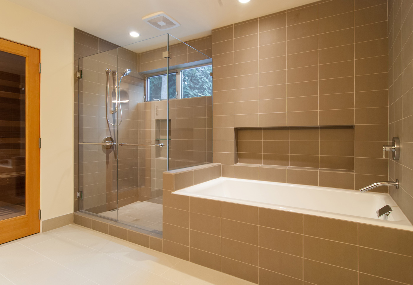 Choosing Between Tile Types For Your Bathroom Renovation