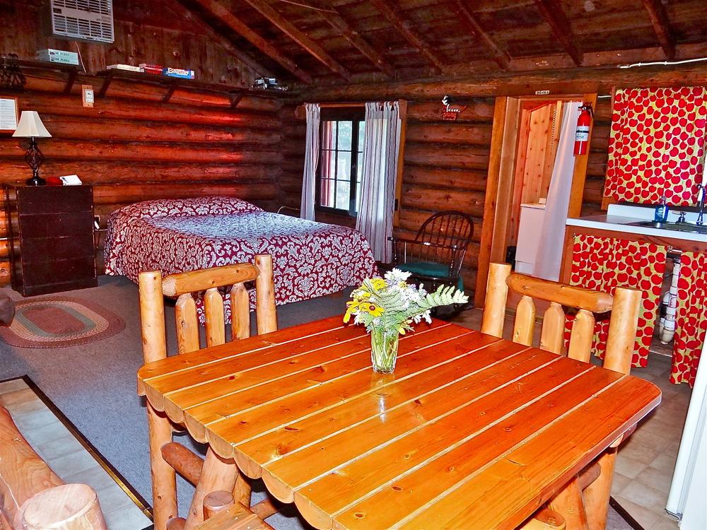 Cabin 2 e.JPG