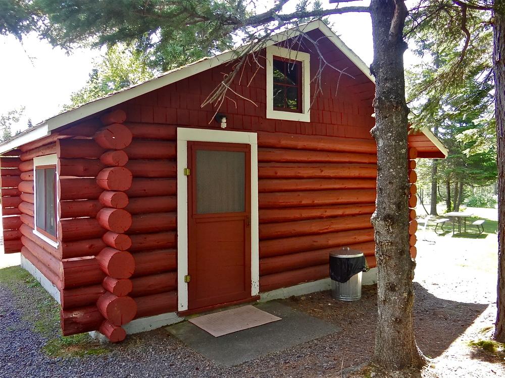 Cabin 1 a.JPG